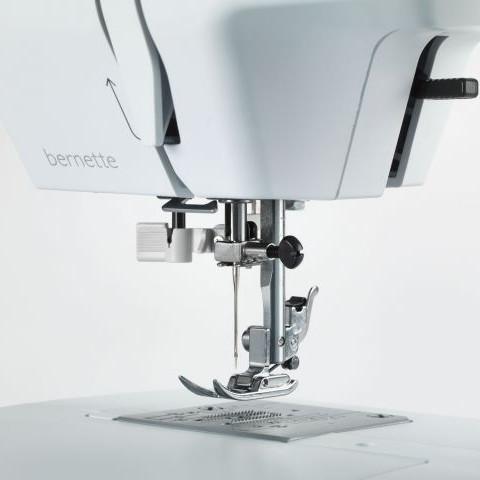 bernette-33-Feature-Naehfusslifter