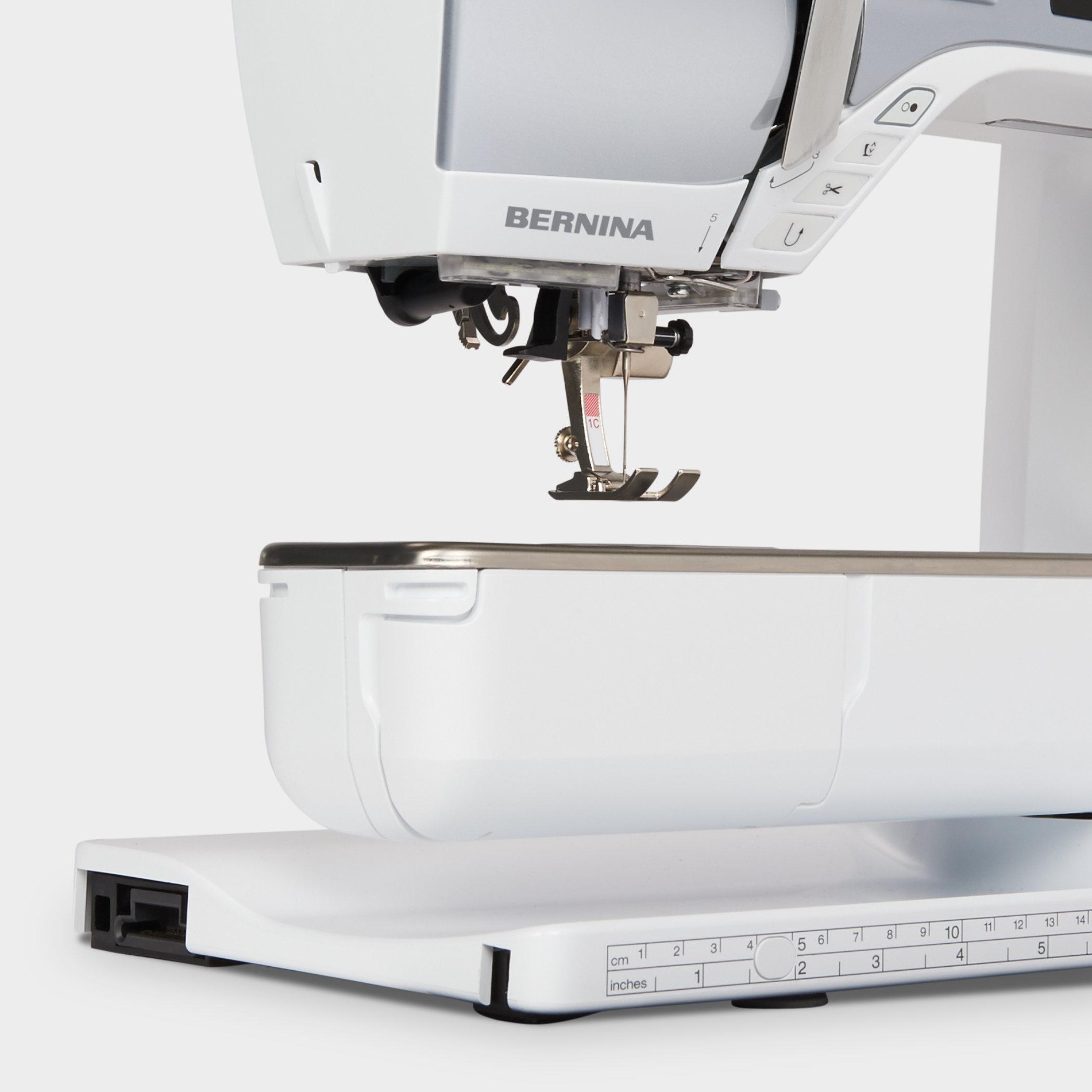 BERNINA-570QE-Feature-Freiarm